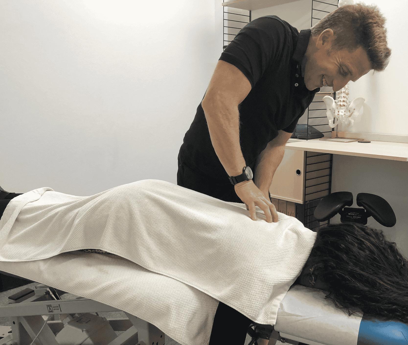 massaging client